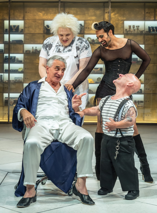 <p>Julian Hoult (Castrone), Ankur Bahl (Androgyno), Henry Goodman (Volpone) and Jonathan Key (Nano)</p><br />Manuel Harlan