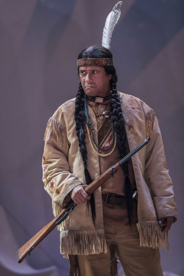 <p>Karl Seth (Chief Sitting Bull) in <em>Annie Get Your Gun</em></p><br />© Johan Persson