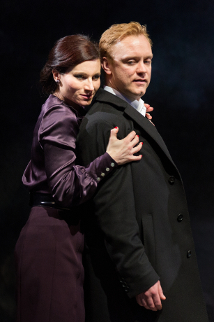 <p>Kate Fleetwood and Sam Troughton</p><br />© Mark Douet
