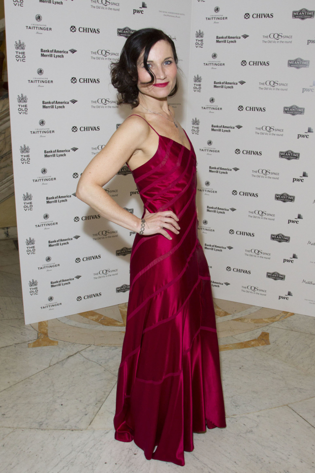 <p>Kate Fleetwood (Tracy Lord)</p><br />© Dan Wooller for WhatsOnStage