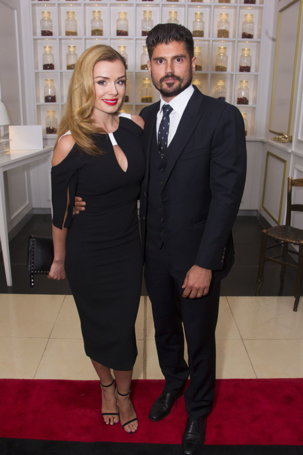 <p>Katherine Jenkins (Julie Jordan) and Andrew Levitas</p><br />© Dan Wooller for WhatsOnStage