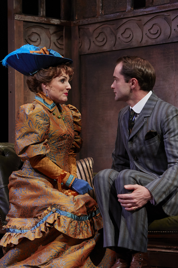 <p>Kerry Ellis as Gwendolen and Peter Sandys-Clarke as Jack</p><br />© The Other Richard