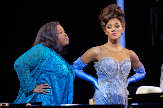 <p>(l-r) Amber Riley and Lily Frazer in <em>Dreamgirls</em> </p><br />© Brinkhoff - Moegenburg