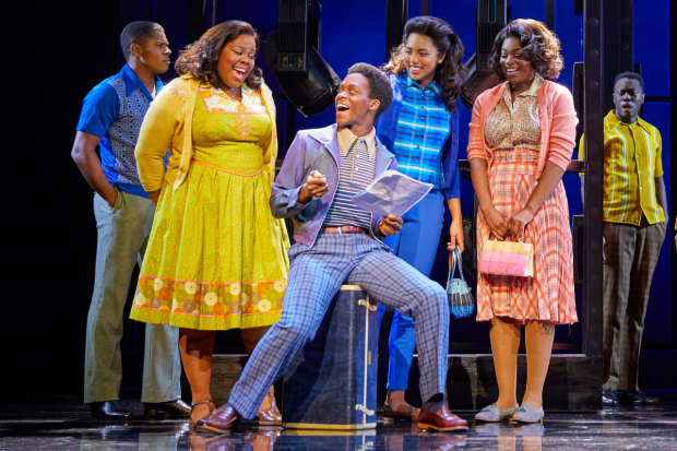 <p>(l-r) Amber Riley, Tyrone Huntley, Liisi LaFontaine, Ibinabo Jack in <em>Dreamgirls</em></p><br />© Brinkhoff - Moegenburg
