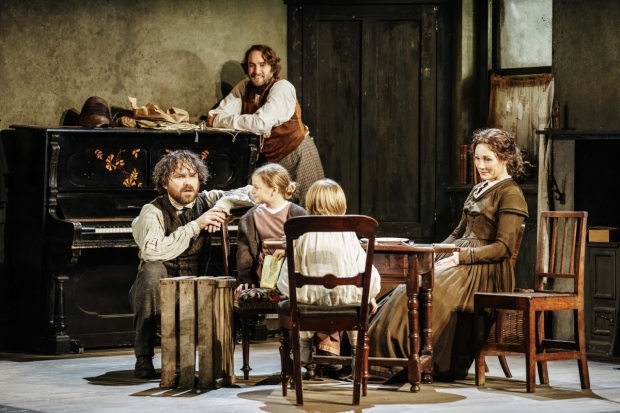 <p>l-r Rory Kinnear (Karl Marx), Oliver Chris (Friedrich Engels), Harriet &amp&#x3B; Rupert Turnbull (Marx Children) &amp&#x3B; Nancy Carroll (Jenny von Westphalen) in <em>Young Marx</em></p><br />© Manuel Harlan