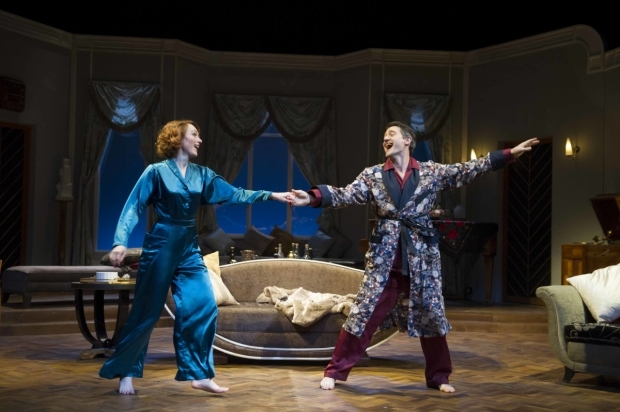 <p>Laura Rogers (Amanda Prynne) &amp&#x3B; Tom Chambers (Elyot Chase) in  <em>Private Lives</em></p><br />©ALASTAIR MUIR