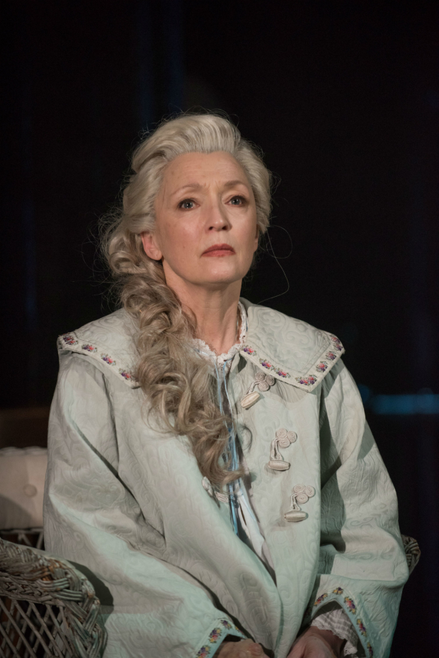 <p>Lesley Manville in <em>Long Day&#39&#x3B;s Journey Into Night</em></p><br />© Hugo Glendinning
