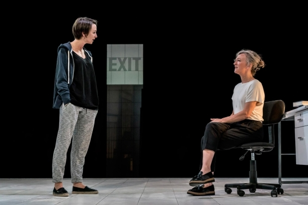 <p>Lisa Dwyer Hogg as Emma and Matilda Ziegler as Doctor</p><br />© Johan Persson