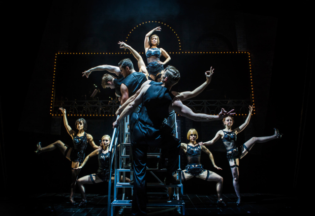 <p>Louise Redknapp and cast in <em>Cabaret</em></p><br />© Pamela Raith