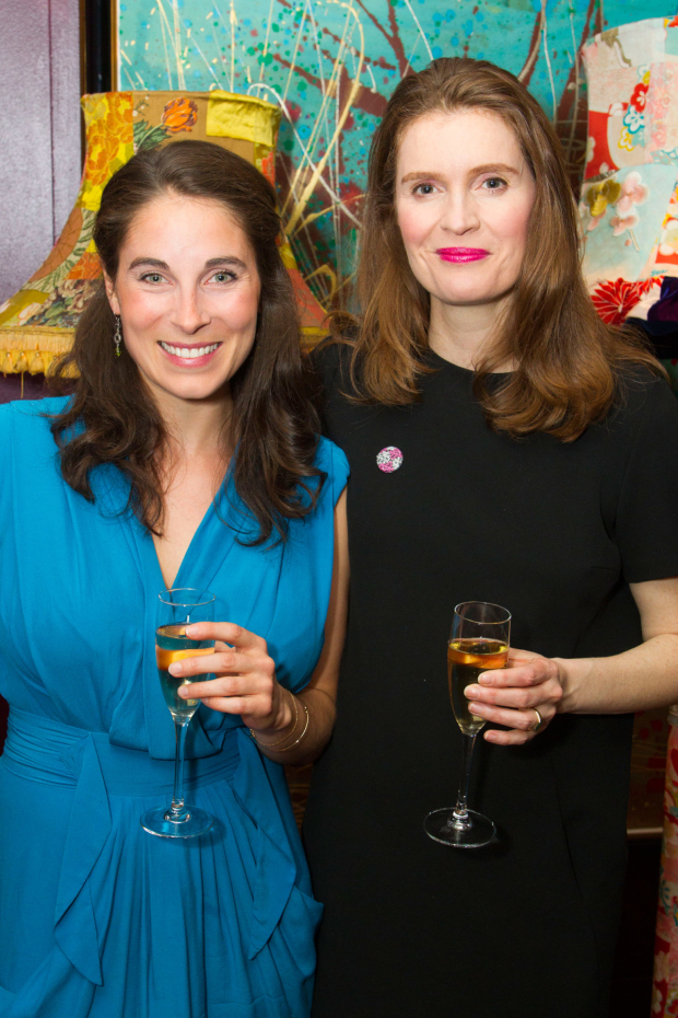 <p>Lucy Eaton (Dockdaisy) and Justine Mitchell (Public Defender/Betty Dullfeet)</p><br />© Dan Wooller for WhatsOnStage