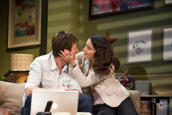 <p>Mark Bazeley and Kristin Davis</p><br />©Tristram Kenton