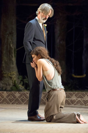 <p>Martin Turner as Kreon and Helen McCrory as Medea</p><br />© Richard Hubert Smith