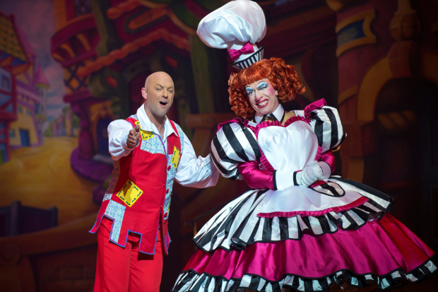 <p>Matt Slack and  Andrew Ryan in <em>Dick Whittington</em></p><br />© Paul Coltas