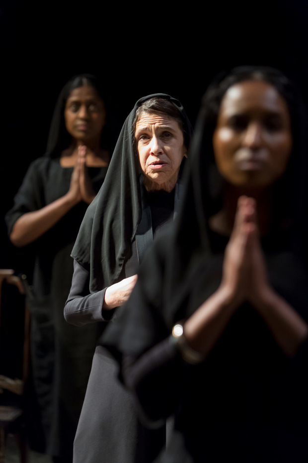 <p>Nadia Nadarajah, Kathryn Hunter and Hermon Berhane in <em>The House of Bernarda Alba</em></p><br />©Jonathan Keenan