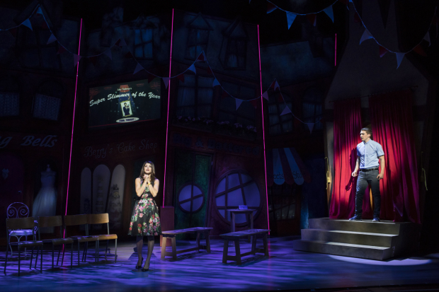 <p>Natalie Anderson and Jonathan Halliwell in <em>Fat Friends</em></p><br />© Helen Maybanks