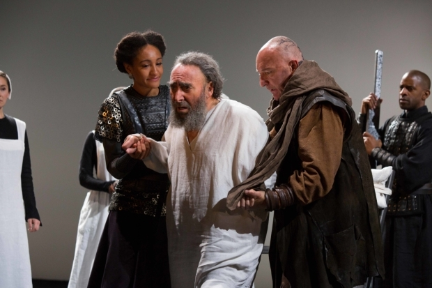 <p>Natalie Simpson as Cordelia, Antony Sher as King Lear and Antony Byrne as Earl of Kent in <em>King Lear</em></p><br />© Ellie Kurttz