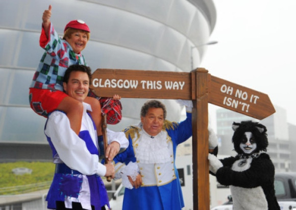 <p>Panto favourite John Barrowman is appearing in Glasgow in <em>Dick McWhittington</em> at the SECC Clyde Auditorium, alongside The Krankies. Let&#39&#x3B;s hope there are no horse related injuries this year!</p>