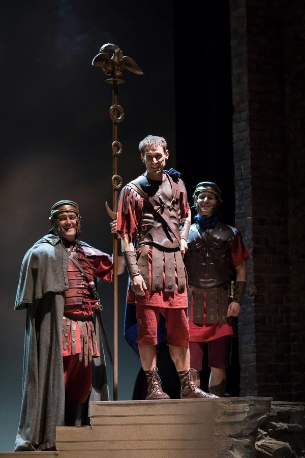 <p>Paul Dodds as Clitus, Martin Hutson as Cassius and Ben Allen as Titinius</p><br />© Helen Maybanks