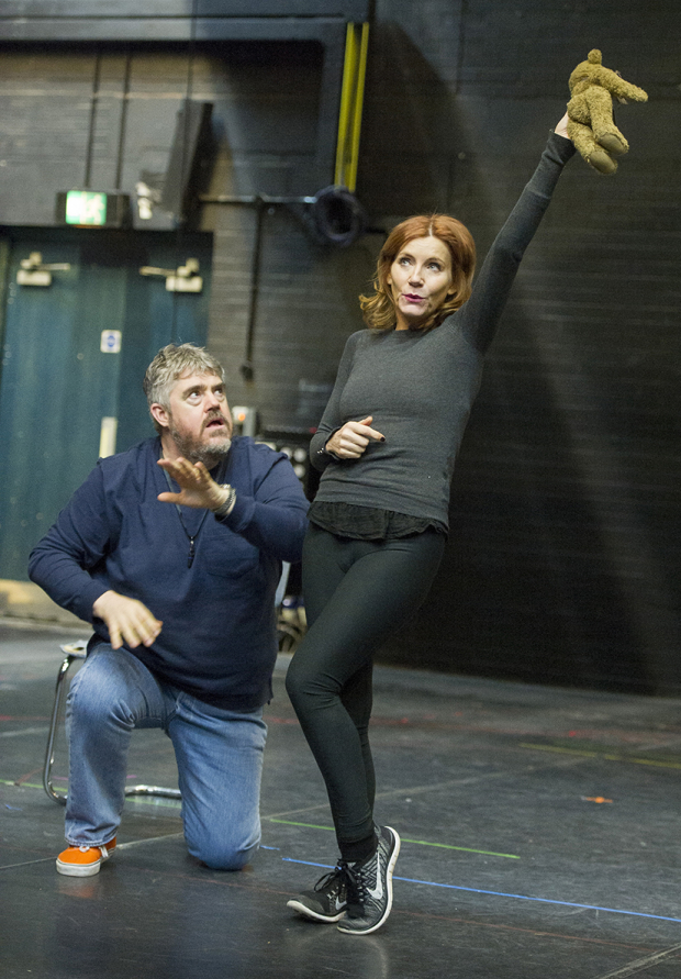 <p>Phill Jupitus and Michelle Collins</p><br />© Alastair Muir