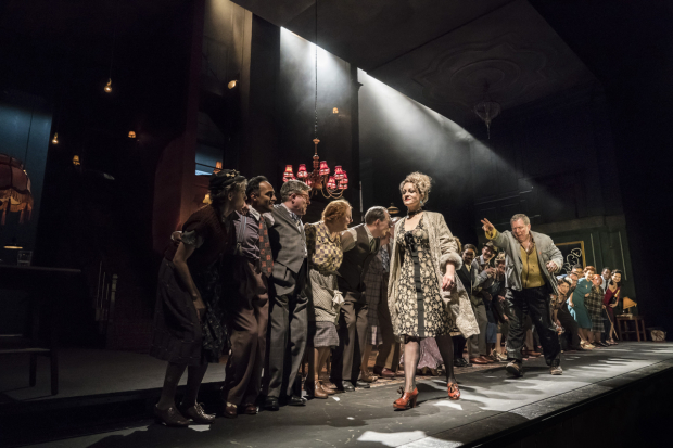 <p>Rachel Dale, Lloyd Hutchinson and the company of <em>Absolute Hell</em></p><br />© Johan Persson