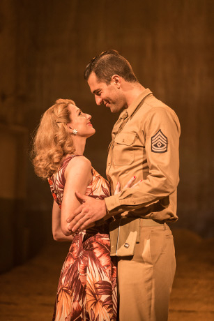 <p>Rebecca Thornhill and Darius Campbell</p><br />© Johan Persson