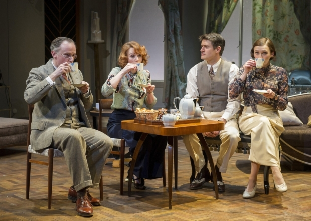 <p>Richard Teverson (Victor Prynne), Laura Rogers (Amanda Prynne), Tom Chambers (Elyot Chase) &amp&#x3B; Charlotte Ritchie (Sibyl Chase) in <em>Private Lives</em></p><br />©ALASTAIR MUIR