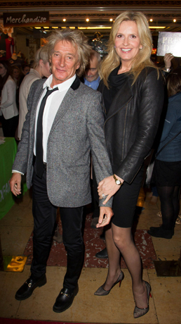 <p>Rod Stewart and Penny Lancaster</p><br />© Dan Wooller for WhatsOnStage