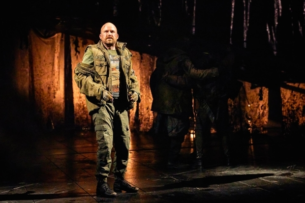 <p>Rory Kinnear as Macbeth</p><br />© Brinkhoff-Moegenburg