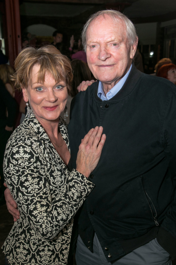 <p>Samantha Bond (Alice) and Julian Glover</p><br />© Dan Wooller for WhatsOnStage