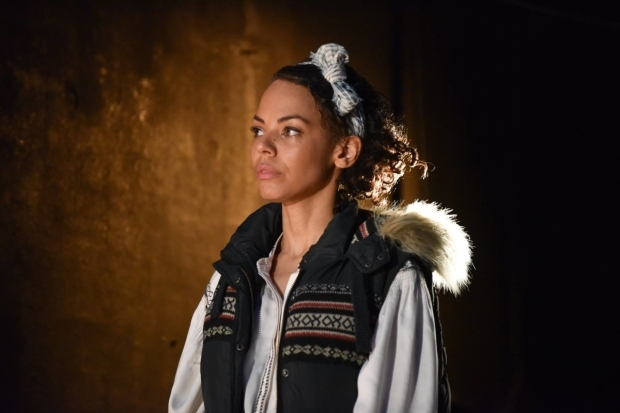 <p>Sasha Frost as Dunyasha in <em>The Cherry Orchard</em></p><br />© Robert Day