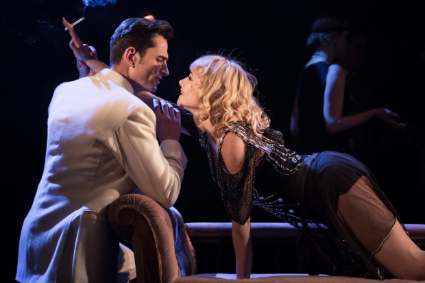 <p>Simon Thomas as Black and Frances Ruffelle as Queenie in <em>The Wild Party</em></p><br />© Scott Rylander