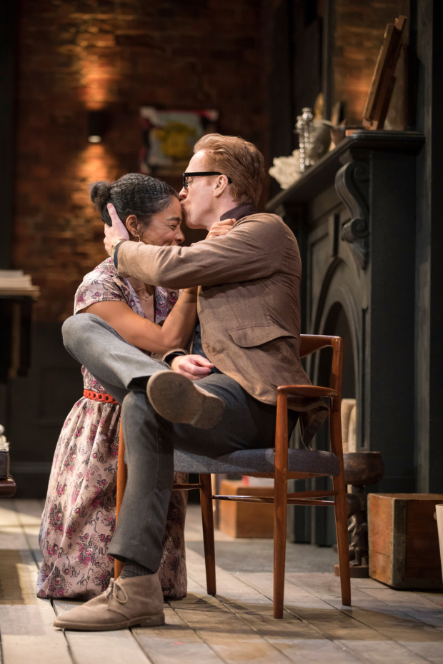 <p>Sophie Okonedo (Stevie), Damian Lewis (Martin) in <em>The Goat, or Who is Sylvia?</em></p><br />© Johan Persson