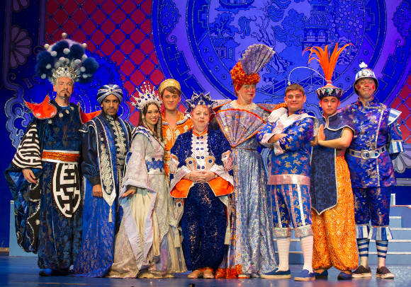 <p>The cast of <em>Aladdin</em> at the curtain call</p>