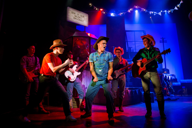 <p>The cast of <em>Footloose</em></p><br />© Matt Martin