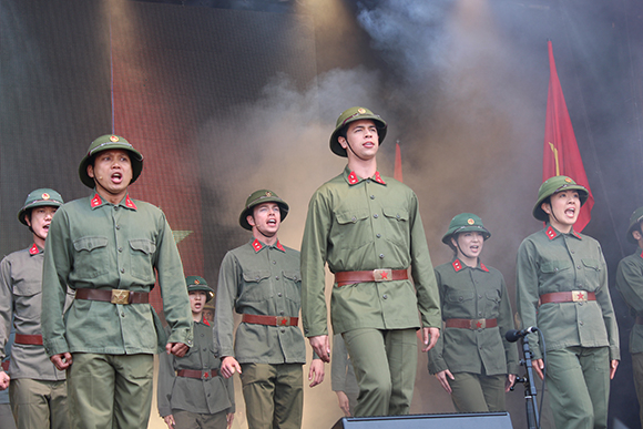 <p>The cast of <em>Miss Saigon</em></p><br />© Ben Hewis