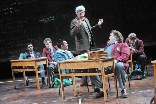 <p><em>The History Boys</em> with Matthew Kelly as Hecto (2013)</p><br />© Robert Day