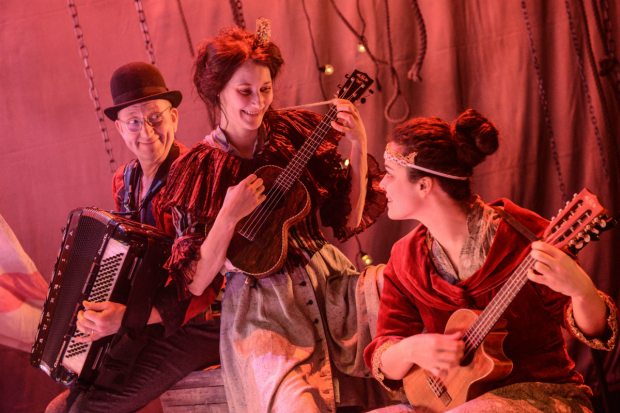 <p>Tim Dalling Sofie Lyback and Tatiana Santini  in <em>La Strada</em></p><br />(c) Robert Day
