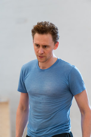 <p>Tom Hiddleston</p><br />© Manuel Harlan