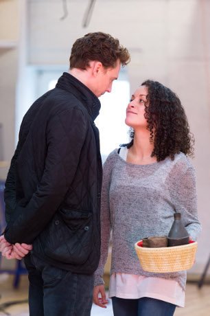 <p>Tom Hiddleston and Rochenda Sandall</p><br />© Manuel Harlan