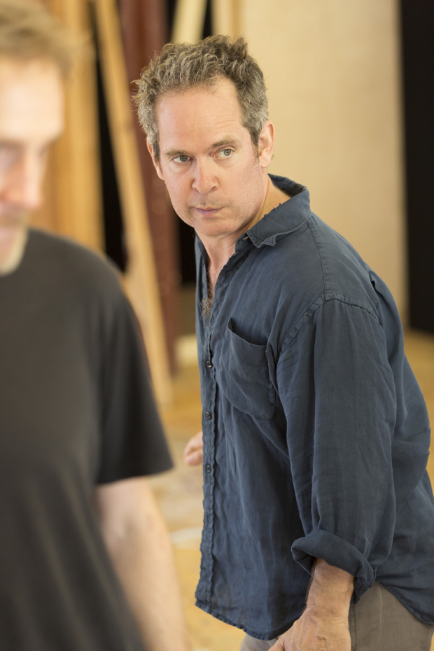 <p>Tom Hollander (Henry Carr) </p><br />© Johan Persson