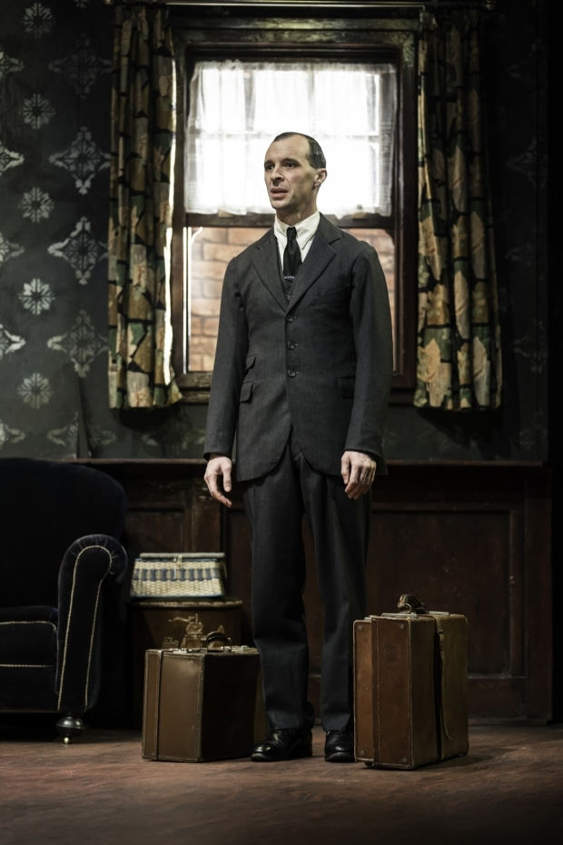<p>Tom Vaughan-Lawlor in <em>The Birthday Party</em></p><br />© Johan Persson