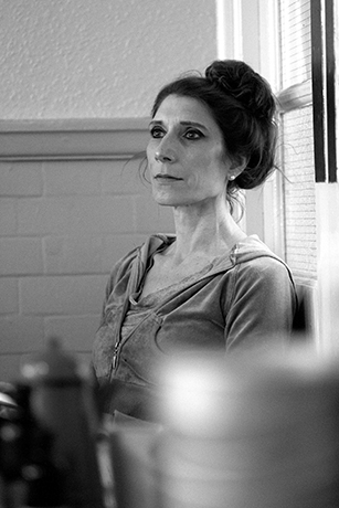 <p>Valerie Cutko (Mrs Mullin) in rehearsal for <em>Carousel</em></p><br />© QNQ Creative