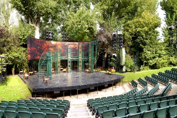 <p>View from Regents Park Open Air Theatre&#39&#x3B;s <em>Pride and Prejudice</em></p><br />© Peter Dazeley