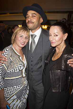 <p>Wendy Frost, Samuel Anderson and Susanna Zaliskyj</p><br />© Dan Wooller for WhatsOnStage