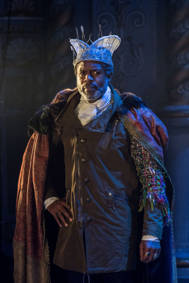 <p>Wil Johnson (Claudius) in <em>Rosencrantz &amp&#x3B; Guildenstern Are Dead</em></p><br />© Manuel Harlan