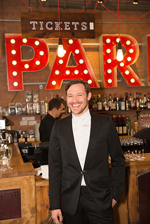 <p>Will Young now suitably dressed and definitely not under par</p><br />© Mark Douet
