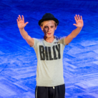 <em>Billy Elliot</em> announces UK tour and extends in West End