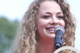 Video: Carrie Hope Fletcher and Rachelle Ann Go perform at 'Les Mis v Phantom'