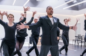 Cuba Gooding Jr and Ruthie Henshall in rehearsals for Chicago