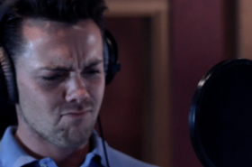 "Exclusive: Ray Quinn performs ""All About the Green"" from The Wedding Singer"